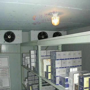 冷库控制系统     制冷控制系统采用全自动微